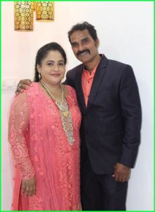 faisal-khan-father-and-mother