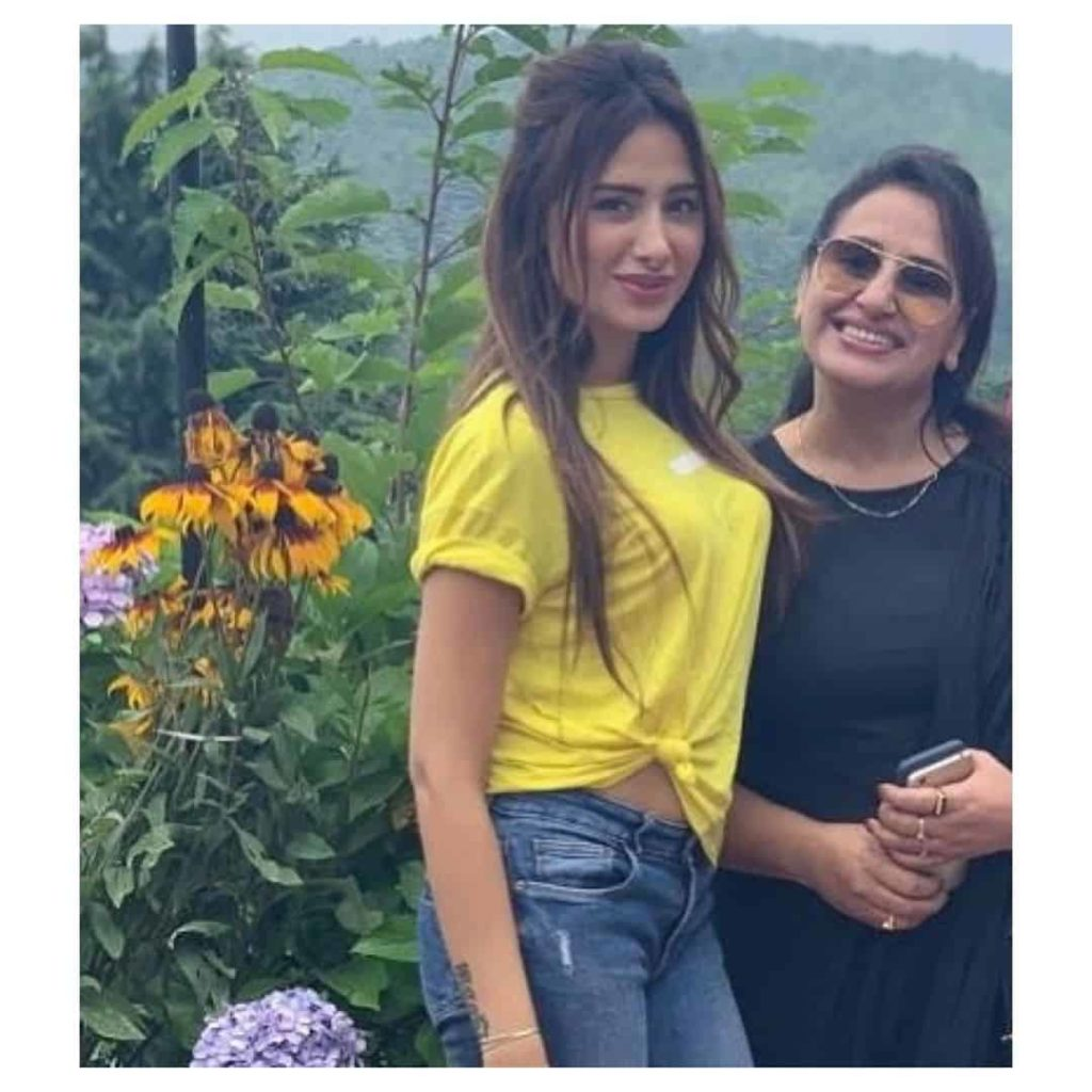 Mahira Sharma Mother